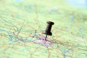 地図・建物名から住居表示(住所)とその土地の登記地番を知る方法(無料の地番検索サービス)